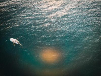 Print art: Fishing boat in the Indian Ocean