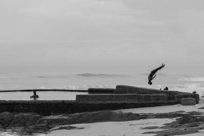Print art: Defying gravity, Ghana