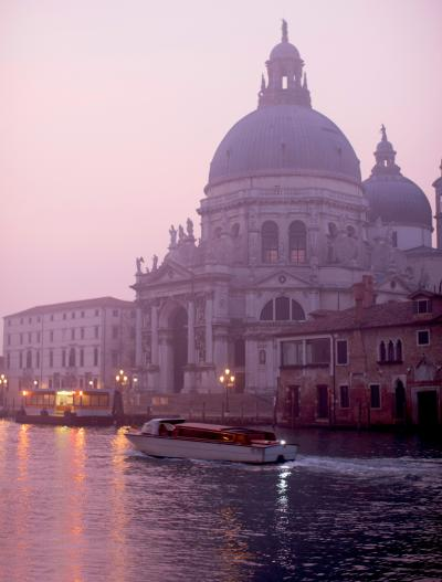 511_winter_sunrise_venice.jpg